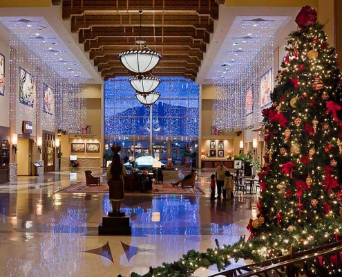 Christmas Commercial Decorations.4 Keys To Choosing The Perfect Commercial Christmas Decorations